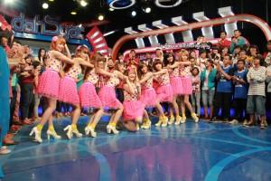 Foto Terbaru CherryBelle Di Dahsyat RCTI  (21-12-2012) 10 love-cherrybelle-forever[dot]blogspot[dot]com
