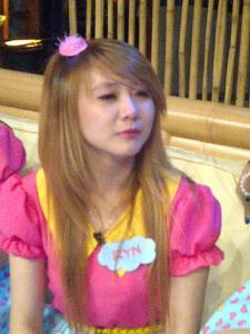 ryn chibi at buaya show