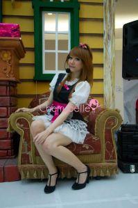 Surabaya, 18 Des 2011Z
