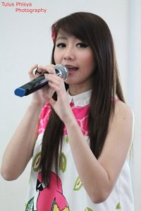 ryn chibi at signing novel crush (6)