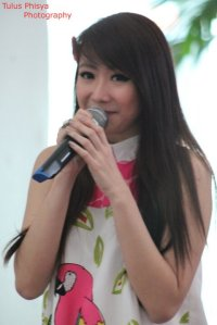 ryn chibi at signing novel crush (7)