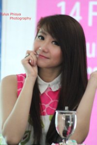 ryn chibi at signing novel crush (9)