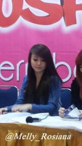 ryn chibi signing malang 280214 (13)
