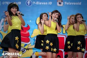 ryn chibi at 7eleven 140614 (21)
