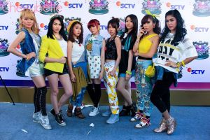ryn chibi at inbox awards sctv 27092014 (1)