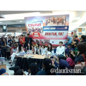 ryn chibi at signing bikin film yuk - 250415 (6)